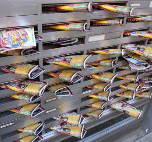 Briefkästen in Mannheim mit Werbung