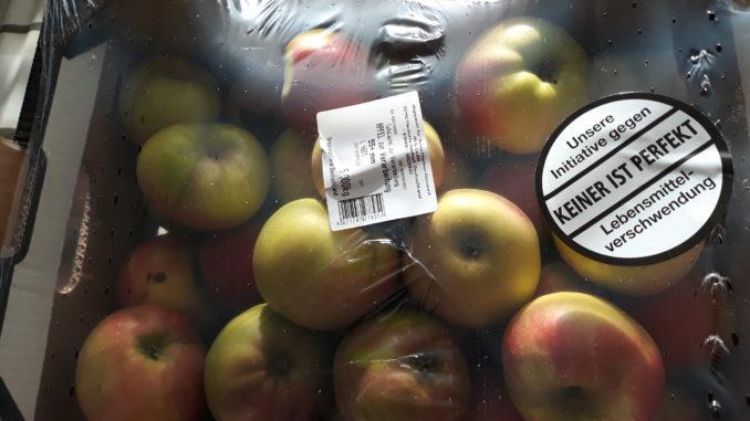 Unsere Initiative gegen Lebensmittelverschwendung (Äpfel 2. Wahl im Karton + Plastikmüll gratis)